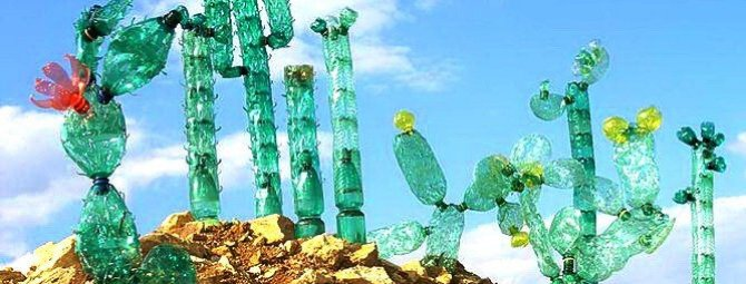Украшения и поделки из пластиковых бутылок для своего сада: мастер-классы