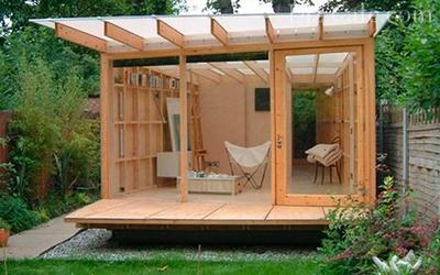 Конструкция на деревянном каркасе