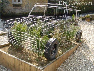 Каркасный топиарий ретро-авто