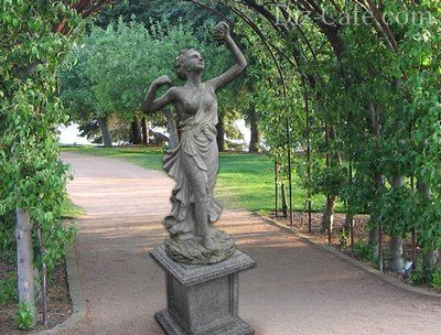 Скульптура для классического стиля