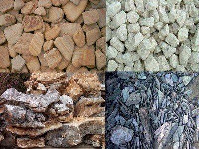 Природные камни для клумб