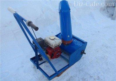 Самодельный шнековый снегоуборщик