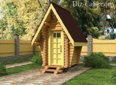 Дачный туалет в виде сказочного деревянного домика