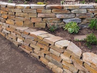 Подпорные стенки из круглого камня своими руками