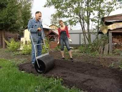 Каток для прикатывания травы