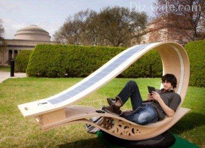 Кресло с солнечными батареями