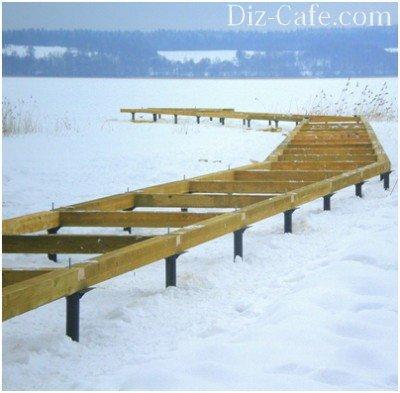 Монтаж причала в зимнее время