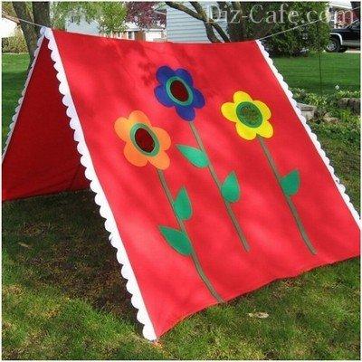 Оригинальный шалаш для детей на даче