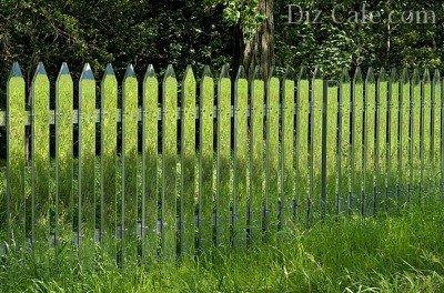 Забор из зеркального акрила