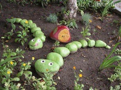 Змейки в саду