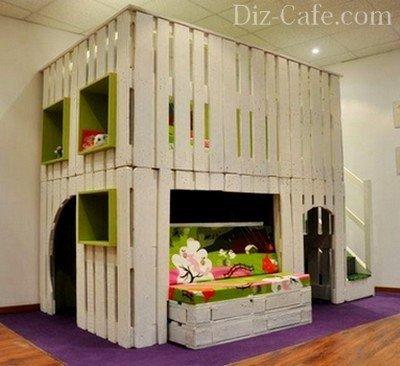 Двухэтажный домик для детских игр