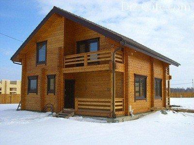 Дом, построенный из профилированного бруса