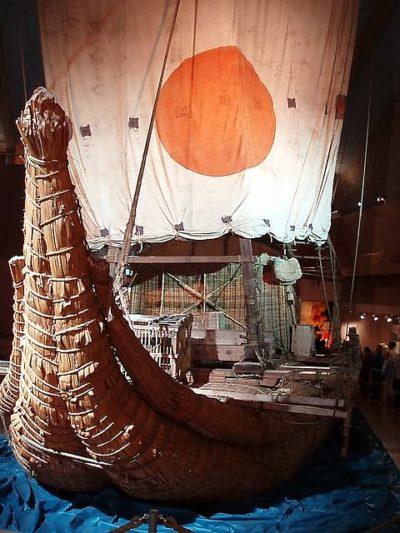 Лодка из папируса