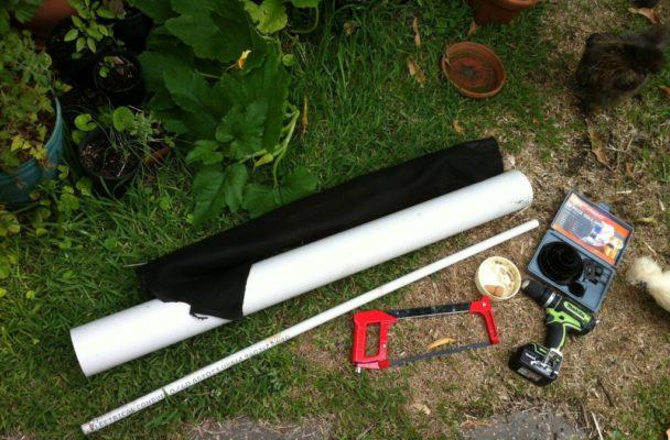 Материалы для создания вертикальной грядки: труба, ножовка, дрель