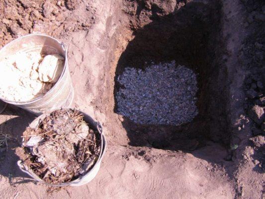 Дренажный слой в яме