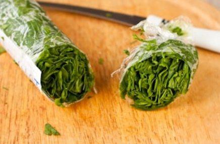 Хранение шпината в пищевой плёнке