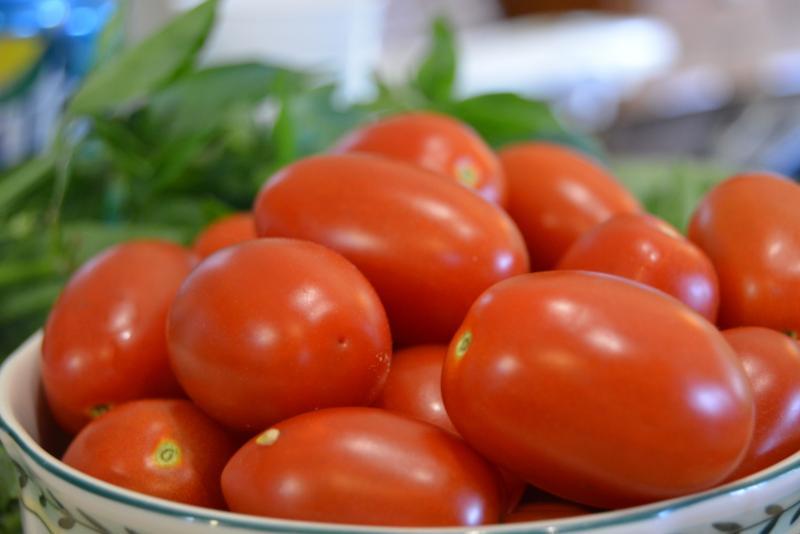 Томат Новичок розовый: характеристика и описание сорта с фото, урожайность помидора, высота куста, отзывы тех, кто сажал