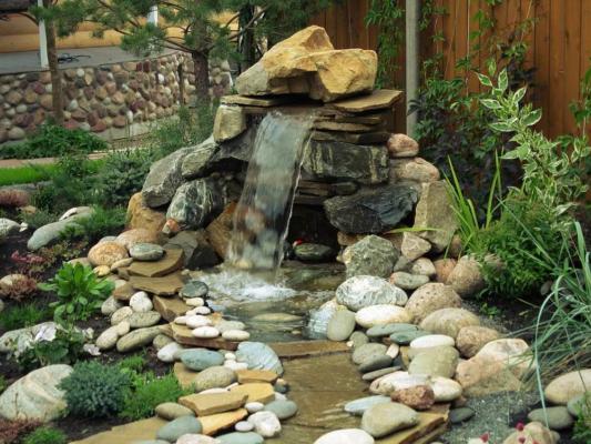 Водопад в стиле шале